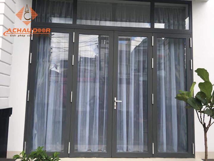 Mẫu cửa Xingfa đẹp cho cửa đi 4 cánh