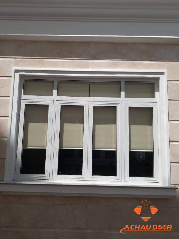 cửa sổ mở quay 4 cánh