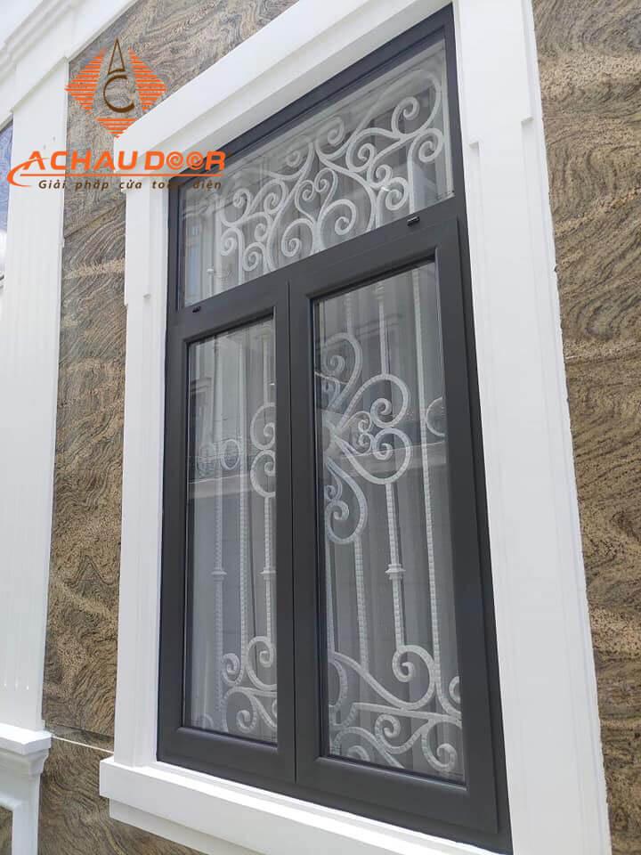 Mẫu cửa sổ 2 cánh nhôm kính đẹp