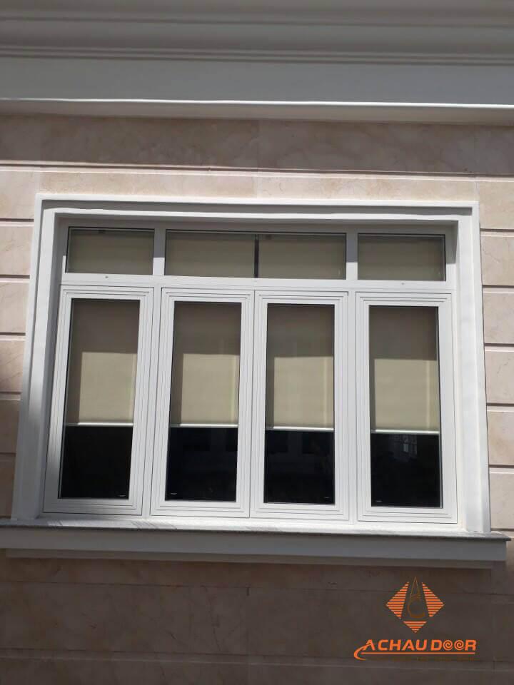Mẫu cửa sổ mở quay nhôm xingfa 4 cánh