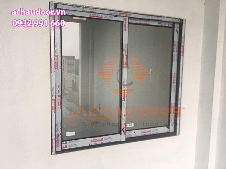 Lắp đặt cửa sổ mở trượt nhôm Xingfa 2 cánh